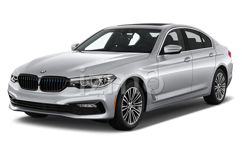 2018 BMW 5 Series 530e iPerformance 4 Door Sedan angular front stock photos of front three quarter view