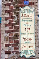 Europe/France/Picardie/80/Somme/Baie de Somme/Mers-les-Bains: Détail ancienne enseigne d'un restaurant