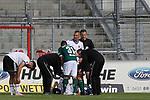 19.09.2020, Dietmar-Scholze-Stadion an der Lohmuehle, Luebeck, GER, 3. Liga, VfB Luebeck vs 1.FC Saarbruecken <br /> <br /> im Bild / picture shows <br /> Verletzt/Verletzung/Schmerzen.Elsamed Ramaj (VfB Luebeck) liegt am Boden und wird von Betreuer versorgt<br /> <br /> DFB REGULATIONS PROHIBIT ANY USE OF PHOTOGRAPHS AS IMAGE SEQUENCES AND/OR QUASI-VIDEO.<br /> <br /> Foto © nordphoto / Tauchnitz