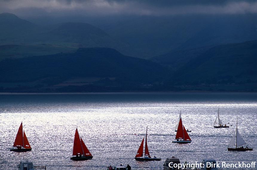 Großbritannien, Wales, Segelboote bei Beaumaris