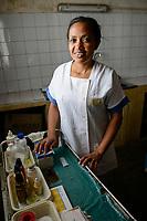 MADAGASCAR, village AMBOHITSARA, tribe ANTAMBAHOAKA, rural health station, nurse Estella / MADAGASKAR, Mananjary, Stamm der ANTAMBAHOAKA im Dorf AMBOHITSARA am canal des Pangalanes, Krankenstation, Krankenschwester ESTELLA