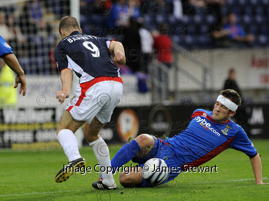 30/08/2008  Copyright Pic: James Stewart.File Name : sct_jspa05_falkirk_v_ict.JAMIE DUFF CHALLENGES GRAHAM BARRETT.James Stewart Photo Agency 19 Carronlea Drive, Falkirk. FK2 8DN      Vat Reg No. 607 6932 25.James Stewart Photo Agency 19 Carronlea Drive, Falkirk. FK2 8DN      Vat Reg No. 607 6932 25.Studio      : +44 (0)1324 611191 .Mobile      : +44 (0)7721 416997.E-mail  :  jim@jspa.co.uk.If you require further information then contact Jim Stewart on any of the numbers above........