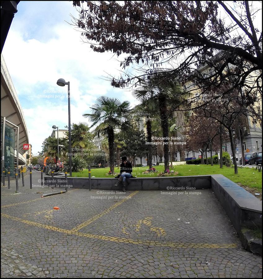 - NAPOLI 11 MAR  2014 -  giardini piazza quattro giornate