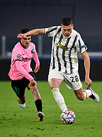 Football Soccer: UEFA Champions League -Group Stage-  Group G - Juventus vs FC Barcellona, Allianz Stadium. Turin, Italy, October 28, 2020.<br /> Juventus Arthur (r) in action with Barcellona's Pedri (l) during the Uefa Champions League football soccer match between Juventus and Barcellona at Allianz Stadium in Turin, October 28, 2020.<br /> UPDATE IMAGES PRESS/Isabella Bonotto