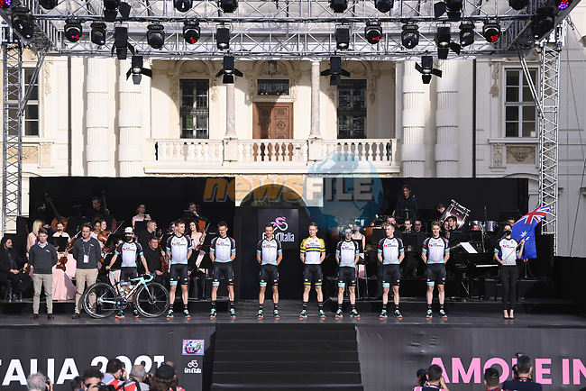 Team BikeExchange on stage at team presentation of the 2021 Giro d'Italia inside the Cortile d'Onore of the Castello del Valentino, on the occasion of the 160th anniversary of the Unification of Italy, Turin, Italy. 6th May 2021.  <br /> Picture: LaPresse/Fabio Ferrari   Cyclefile<br /> <br /> All photos usage must carry mandatory copyright credit (© Cyclefile   LaPresse/Fabio Ferrari)