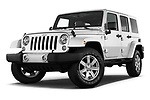 Stock pictures of low aggressive front three quarter view of 2017 JEEP Wrangler-Unlimited Sahara 5 Door SUV Low Aggressive