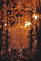 London: The Salisbury Pub-- Mirror.