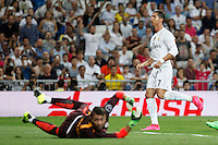 Real Madrid´s Cristiano Ronaldo and Galatasaray´s Fernando Muslera during Santiago Bernabeu Trophy match at Santiago Bernabeu stadium in Madrid, Spain. August 18, 2015. (ALTERPHOTOS/Victor Blanco)