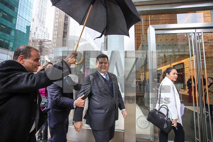 NOVA YORK, EUA, 13.05.2019 - POLITICA-EUA - O Presidente do Senado Federal, Davi Alcolumbre atende jornalistas após almoço no Bank of América em Nova York nos Estados Unidos nesta segunda-feira, 13. (Foto: Vanessa Carvalho/Brazil Photo Press/Folhapress)