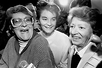 Micheline Levesque, her daughter Sylvie Roy and Laurence Levesque.<br /> <br /> Photo : Boris Spremo - Toronto Star archives - AQP