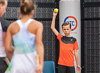 Amstelveen, Netherlands, 6 Juli, 2021, National Tennis Center, NTC, Amstelveen Womans Open, ballboy<br /> Photo: Henk Koster/tennisimages.com