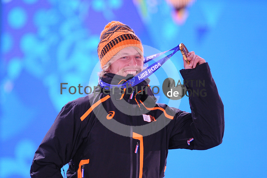 OLYMPICS: SOCHI: Medal Plaza, 11-02-2014, medaille uitreiking, 500m Men, Michel Mulder (NED), ©foto Martin de Jong