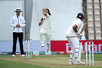Colin de Granhomme, New Zealand prepares to bowl during India vs New Zealand, ICC World Test Championship Final Cricket at The Hampshire Bowl on 19th June 2021
