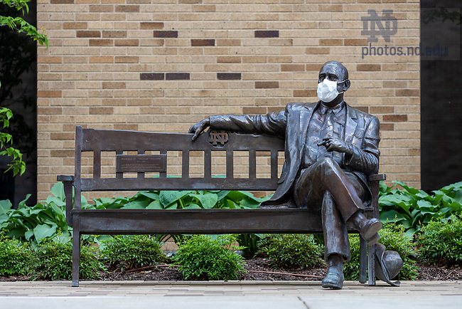 May 21, 2020; Statue of Moose Krause with a surgical mask (Photo by Matt Cashore/University of Notre Dame)