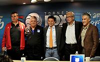 BOGOTA - COLOMBIA - 18 – 01 – 2018: Jorge Da Silva (Izq.) técnico de America, Hugo Gotardi (2 Izq.), asistente tecnico de Millonarios, Oscar Gomez (Cent.) Vicepresidente Produccion y Programacion de Fox Sports Colombia, Gregorio Perez (2 Der.) técnico de Independiente Santa Fe y Liber Vespa (Der.), Asistente Técnico del Deportivo Cali, durante rueda de prensa del Torneo Fox Sports 2018, en el estadio Nemesio Camacho El Campin de la ciudad de Bogota. /  Jorge Da Silva (L) coach of America, Hugo Gotardi (2 L), technical assistant of Millionarios, Oscar Gomez (C) Vice President of Production and Programming of Fox Sports Colombia, Gregorio Perez (2 R) coach of Independent Santa Fe and Liber Vespa (R), Technical Assistant of Deportivo Cali, during a press conference at the Fox Sports 2018 Tournament, at the Nemesio Camacho El Campin stadium in the city of Bogota. Photo: VizzorImage / Luis Ramirez / Staff.