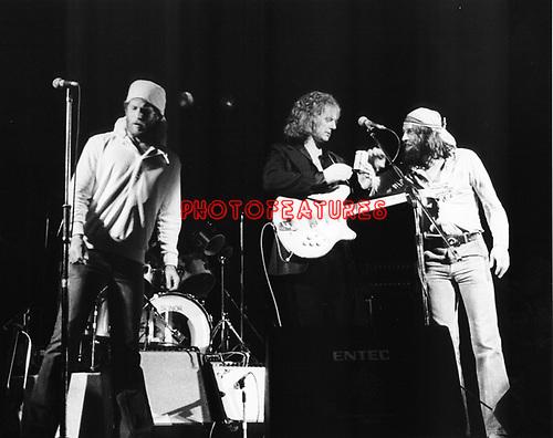 McGuinn Clark Hillman   Chris Hillman, Roger McGuinn, Gene Clark.© Chris Walter.