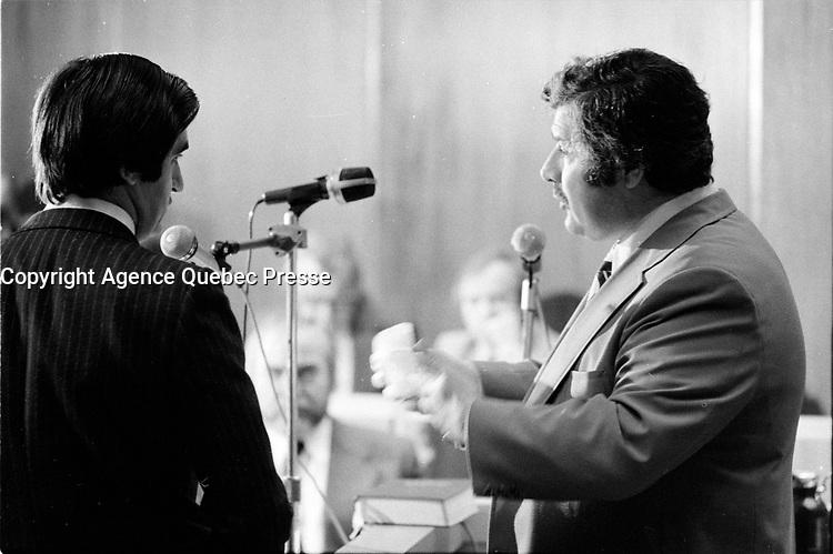Le passage d' Andre ''dede'' Desjardins a la commision Cliche le 25 fevrier 1975<br /> <br /> Photo : Agence Quebec Presse