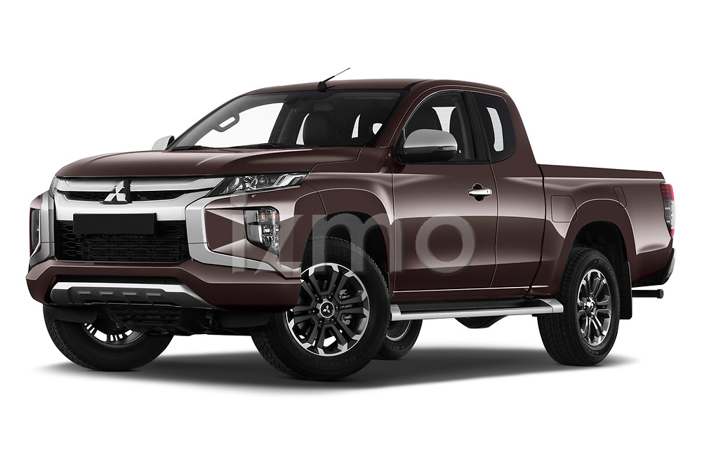 Stock pictures of low aggressive front three quarter view of 2020 Mitsubishi L200 Intense 4 Door Pick-up Low Aggressive