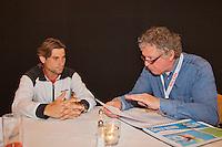 19-06-12, Netherlands, Rosmalen, Tennis, Unicef Open, Jon Visbeen in gesprek met David Ferrer