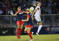 Boyds, MD - Saturday May 07, 2016: Washington Spirit defender Shelina Zardorsky (6) and Portland Thorns FC midfielder Dagny Brynjarsdottir (11) in action during a regular season National Women's Soccer League (NWSL) match at Maureen Hendricks Field, Maryland SoccerPlex. Washington Spirit tied the Portland Thorns 0-0.