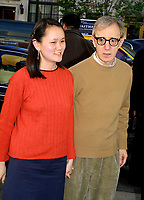 "WOODY ALLEN SOON-YI 2002<br /> PREMIERE OF ""HOLLYWOOD ENDING"" AT THE CHELSEA WEST THEATRE IN NEW YORK CITY<br /> Photo By John Barrett/PHOTOlink"