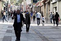 Campinas (SP), 03/07/2020 - Comércio - A região de Campinas regrediu nesta sexta-feira (3) à fase vermelha do Plano São Paulo de flexibilização da quarentena de combate ao coronavírus, com restrições e com apenas o funcionamento das atividades essenciais por pelo menos mais uma semana. Movimentação no calçadão da 13 de Maio, no centro da cidade de Campinas (SP), nesta sexta-feira (3).