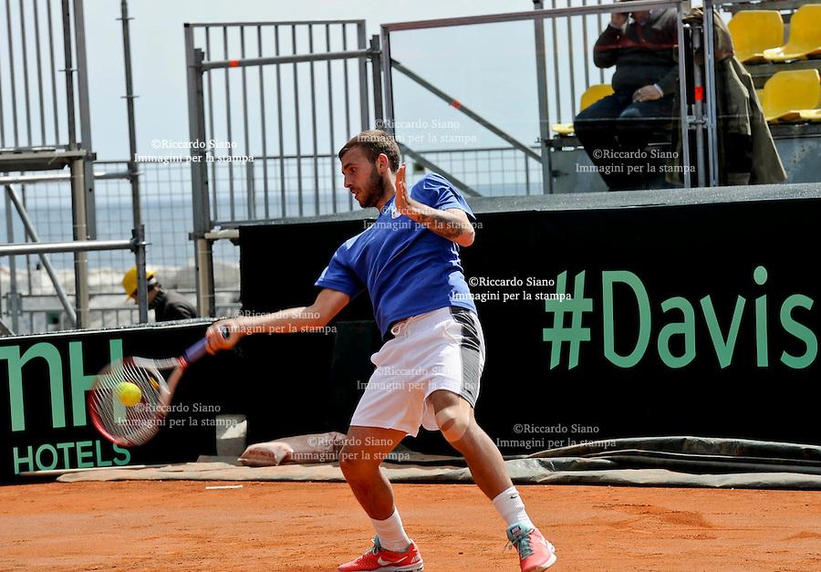 - NAPOLI 1 APR  2014 -  Coppa Davis  Italia-Gran Bretagna <br /> allenamenti. nella foto il campione , Andy Murray