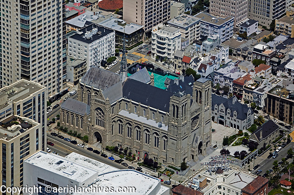 aerial photograph Grace Cathedral, Nob Hill, San Francisco, California