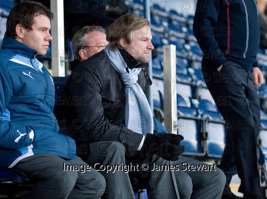 18/12/2010   Copyright  Pic : James Stewart.sct_jsp018_falkirk_late_call_off   .:: FALKIRK MANAGER STEVEN PRESSLEY WATCHES FROM THE STAND AS HIS PLAYERS PLAY A BOUNCE GAME AFTER REFEREE MAT NORTHCROFT DECIDED TO CALL OF THE GAME AT 2.00PM DESPITE THE PITCH PASSING AN EARLIER INSPECTION ::.James Stewart Photography 19 Carronlea Drive, Falkirk. FK2 8DN      Vat Reg No. 607 6932 25.Telephone      : +44 (0)1324 570291 .Mobile              : +44 (0)7721 416997.E-mail  :  jim@jspa.co.uk.If you require further information then contact Jim Stewart on any of the numbers above.........26/10/2010   Copyright  Pic : James Stewart._DSC4812  .::  HAMILTON BOSS BILLY REID ::  .James Stewart Photography 19 Carronlea Drive, Falkirk. FK2 8DN      Vat Reg No. 607 6932 25.Telephone      : +44 (0)1324 570291 .Mobile              : +44 (0)7721 416997.E-mail  :  jim@jspa.co.uk.If you require further information then contact Jim Stewart on any of the numbers above.........26/10/2010   Copyright  Pic : James Stewart._DSC4812  .::  HAMILTON BOSS BILLY REID ::  .James Stewart Photography 19 Carronlea Drive, Falkirk. FK2 8DN      Vat Reg No. 607 6932 25.Telephone      : +44 (0)1324 570291 .Mobile              : +44 (0)7721 416997.E-mail  :  jim@jspa.co.uk.If you require further information then contact Jim Stewart on any of the numbers above.........