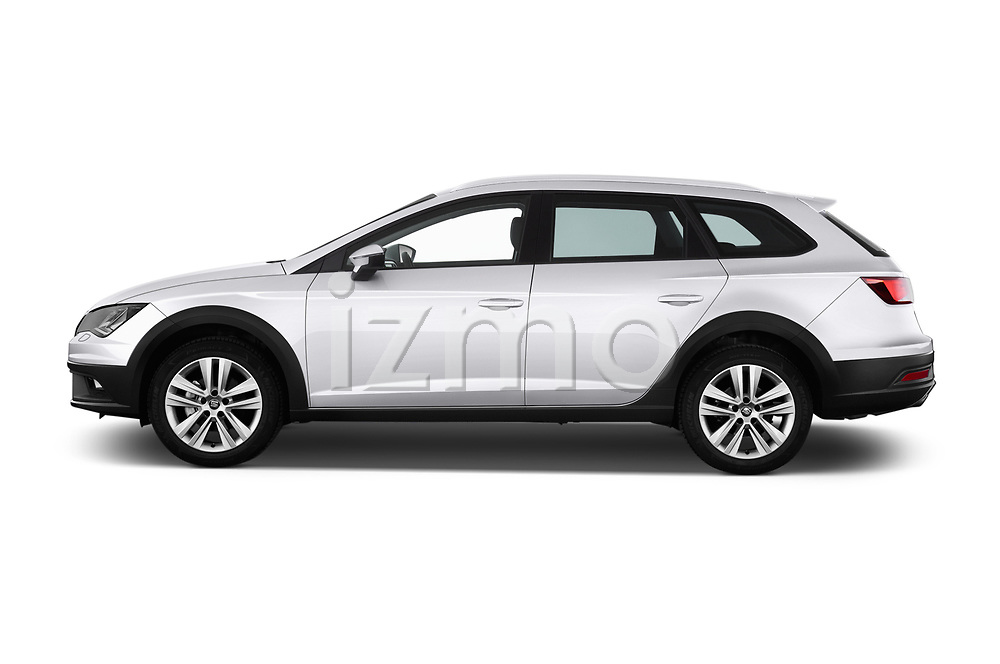 Car driver side profile view of a 2017 Seat Leon ST Xperience Base 5 Door Wagon