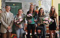 """20160605 – OOSTENDE , BELGIUM :  winner of """"Best Young Player"""" Tine de Caigny (M) pictured during the 2nd edition of the Sparkle award ceremony with Jean Pierre Hayen (L)  Tessa Wullaert (R) and other nominated players Elke Van Gorp (2nd of right) and Davinia Vanmechelen (2nd of left) , Sunday 5 June 2016 , in Oostende . The Sparkle  is an award for the best female soccer player during the season 2015-2016 comparable to the Golden Shoe or Boot / Gouden Schoen / Soulier D'or for Men in Belgium . PHOTO SPORTPIX.BE / DIRK VUYLSTEKE"""