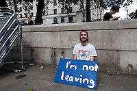 Protest outside Downing Street.<br /> <br /> London, 24/06/2016. The United Kingdom decided to leave the European Union. The British people voted (Turnout 72.2%): 51,9% to leave the EU (17,410,742 Votes) versus 48,1% to remain in the EU (16,141,241 Votes).<br /> <br /> For the full caption please find the 2-page PDF attached at the beginning of this story.<br /> <br /> For more information abou the result please clich here: http://www.bbc.co.uk/news/politics/eu_referendum/results