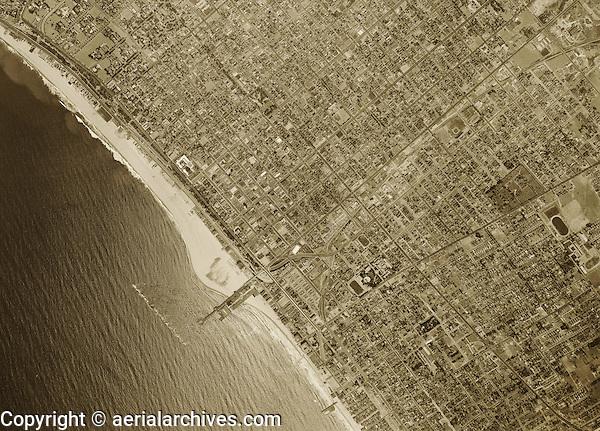 historical aerial photograph of Santa Monica, California, 1947