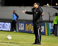 TUNJA - COLOMBIA, 28-03-2021: Francesco Stifano, tecnico de Aguilas Doradas Rionegro durante partido de la fecha 15 entre Patriotas Boyaca F. C. y Aguilas Doradas Rionegro por la Liga BetPlay DIMAYOR I 2021, jugado en el estadio La Independencia de la ciudad de Tunja. / Francesco Stifano, coach of Aguilas Doradas Rionegro a match of the 15th date between Patriotas Boyaca F. C. and Aguilas Doradas Rionegro for the BetPlay DIMAYOR I 2021 League played at the La Independencia stadium in Tunja city. / Photo: VizzorImage / Edward Leguizamon / Cont.
