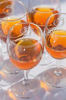 France, Calvados (14), Pays d' Auge, Cambremer, lors du festival des AOC AOP, dégustation de Pommeau de Normandie,  // France, Calvados, Pays d' Auge, Cambremer,  during DPO festival, Tasting Pommeau of Normand