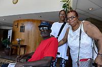 USA Chicago, South Side, afroamerikanische Gemeinde der katholischen Kirche St. Elizabeth, Vietnam Kriegsveteran mit Familie