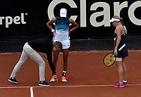 BOGOTÁ-COLOMBIA, 13-04-2019: Astra Sharma (AUS) y Zoe Hives (AUS), durante partido por la final de dobles del Claro Colsanitas WTA, que se realiza en el Carmel Club en la ciudad de Bogotá. / Astra Sharma (AUS) y Zoe Hives (AUS), during the match for the doubles final of Claro Colsanitas WTA, which takes place at Carmel Club in Bogota city. / Photo: VizzorImage / Luis Ramírez / Staff.