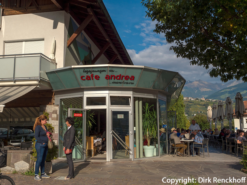 Café Andrea in Algund bei Meran, Region Südtirol-Bozen, Italien, Europa<br /> Café Andrea , Lagundo near Merano, Region South Tyrol-Bolzano, Italy, Europe