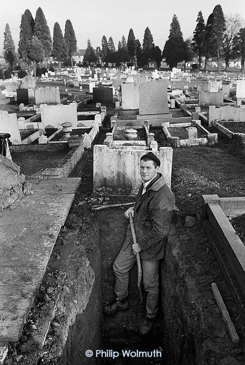 Gravedigger employed by the General Contracting Company at Rushden cemetery, East Northamptonshire