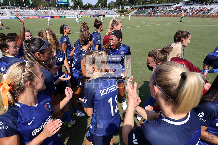 CARY, NC - SEPTEMBER 12: Jessica McDonald #14 of the North Carolina Courage exhorts her teammates before a game between Portland Thorns FC and North Carolina Courage at Sahlen's Stadium at WakeMed Soccer Park on September 12, 2021 in Cary, North Carolina.