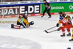 Eishockey: Deutschland – Tschechien am 01.05.2021 in der ARENA Nürnberger Versicherung in Nürnberg<br /> <br /> Tor zum 2:1 Anschlusstreffer  durch Tschechiens David Tomasek (Nr.95)<br /> <br /> Foto © Duckwitz/osnapix/PIX-Sportfotos *** Foto ist honorarpflichtig! *** Auf Anfrage in hoeherer Qualitaet/Aufloesung. Belegexemplar erbeten. Veroeffentlichung ausschliesslich fuer journalistisch-publizistische Zwecke. For editorial use only.