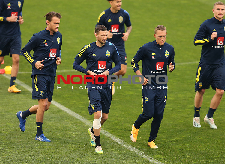 Swedish national team during trainings session at Maksimir Stadium before UEFA Nations League 2020-21 match with Croatia in Zagreb, Croatia on October 10, 2020. <br /> Warmlaufen mit Ludwig Augustinsson (Werder Bremen #05) 2.v.re<br /> Foto © nordphoto / Marko Prpic/PIXSELL