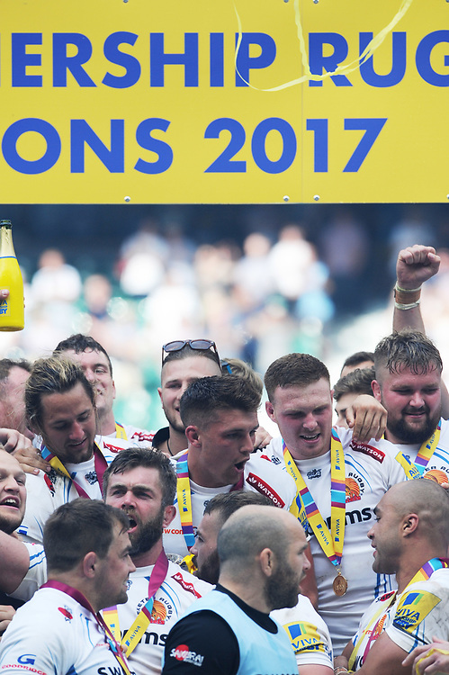 Henry Slade of Exeter Chiefs celebrates with team mates after winning the Premiership Rugby Final at Twickenham Stadium on Saturday 27th May 2017 (Photo by Rob Munro)