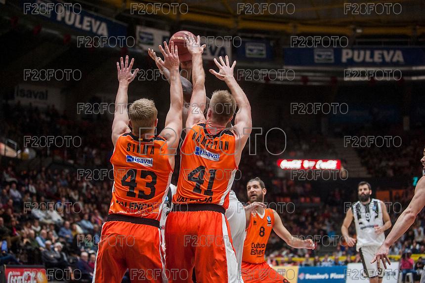 VALENCIA, SPAIN - JANUARY 6: Luke Sikma and Justin Hamilton during EUROCUP match between Valencia Basket and PAOK Thessaloniki at Fonteta Stadium on January 6, 2015 in Valencia, Spain