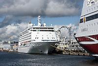 Kreuzfahrtschiff im Südhafen, Helsinki, Finnland