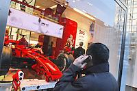 - shopping nel centro di Milano, corso Vittorio Emanuele e via Montenapoleone, Ferrari store....- shopping in the center of Milan, Vittorio Emanuele and  Montenapoleone street, Ferrari Store
