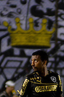 SANTOS, SP, 15 DE SETEMBRO DE 2013 - CAMPEONATO BRASILEIRO - SANTOS x BOTAFOGO: Elias que marcou os dois gols do Botafogo durante partida Santos x Botafogo, válida pela 21ª rodada do Campeonato Brasileiro de 2013, disputada no estádio da Vila Belmiro em Santos. FOTO: LEVI BIANCO - BRAZIL PHOTO PRESS.
