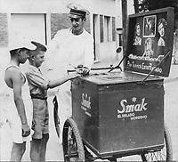 Vendedor de helados, 1950.
