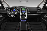 Stock photo of straight dashboard view of 2017 Renault Grand-Scenic Bose-Edition 5 Door Minivan Dashboard