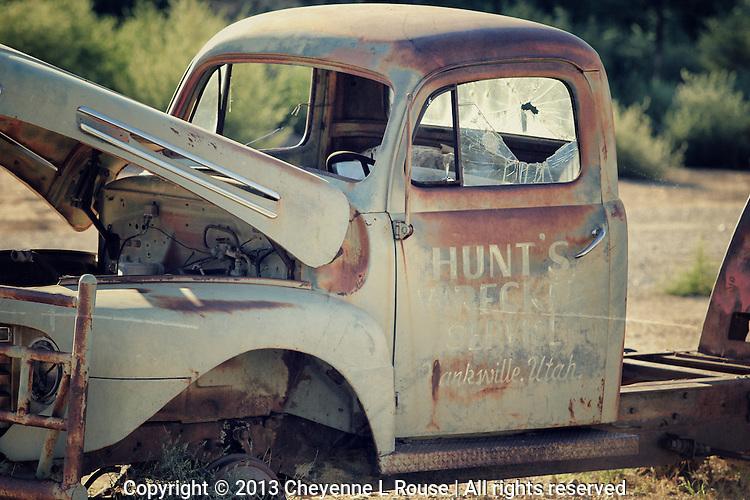 Hanksville Rust - Utah - tow truck